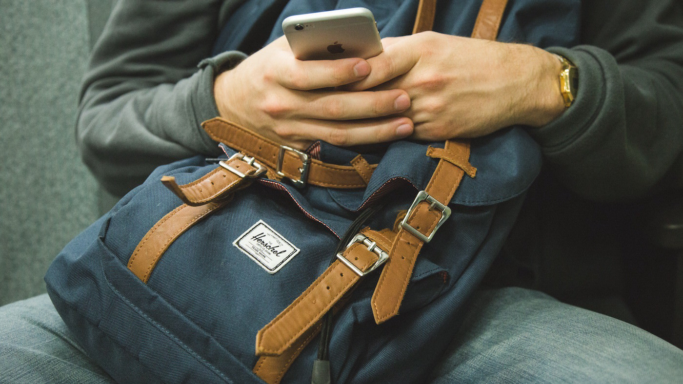 4 Tips on Texting with Your Ex During Divorce
